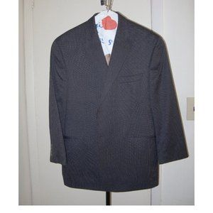 Peak-Lapel Mens suit jacket